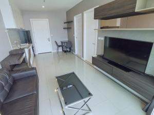 For RentCondoRama9, RCA, Petchaburi : [Owner Post] Condo for rent at TC Green 1Bedroom 40 sqm 19,500 baht, swimming pool view, not blocked, balcony view Fully furnished, beautiful view, digital door, comfortable, receive Agent